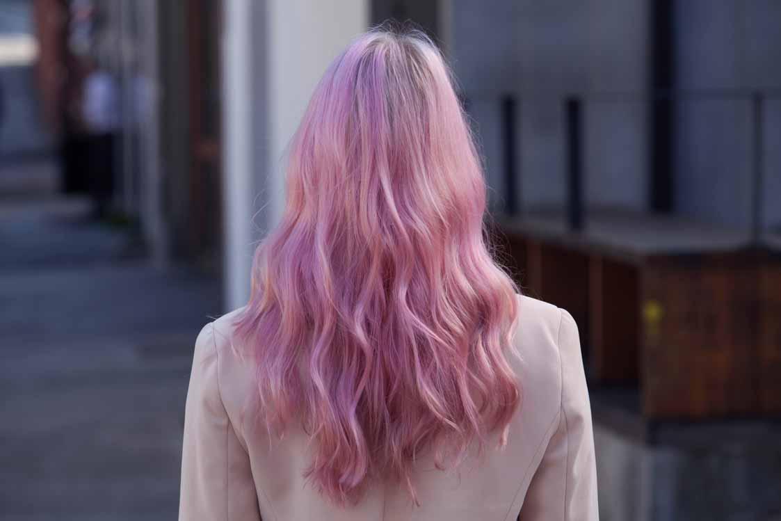 tinte lila cabello largo