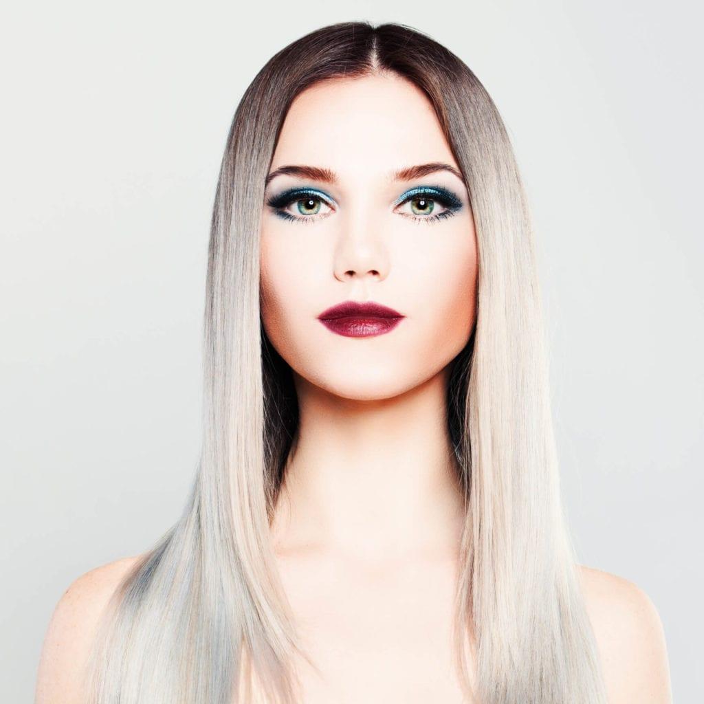 cabello gris ombré