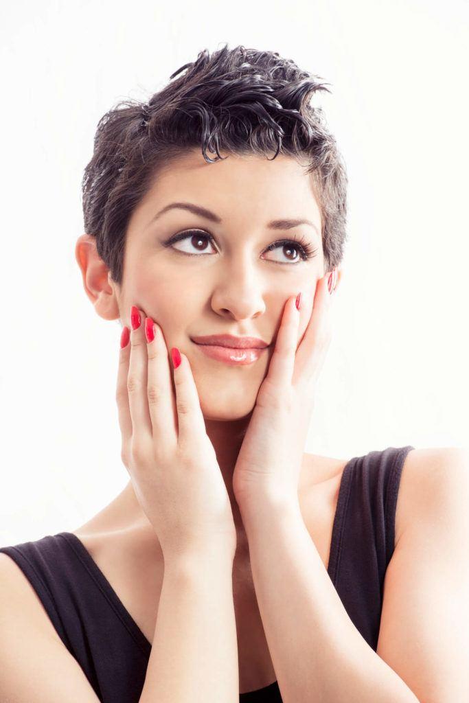 corte pixie para cabello rizado