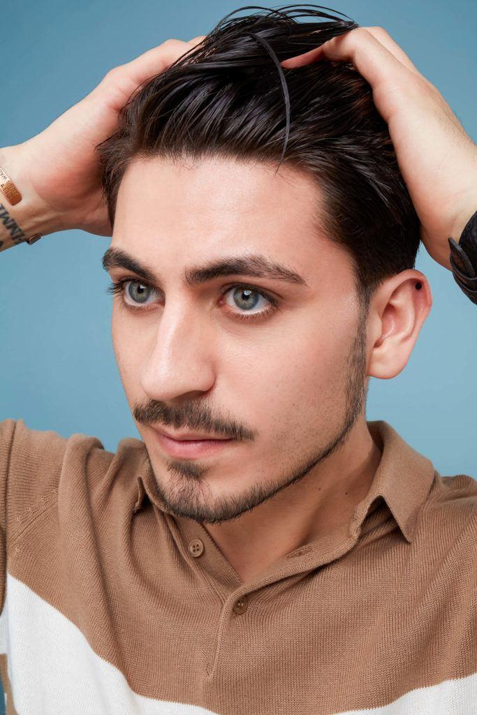 cómo aplicar gel en el cabello