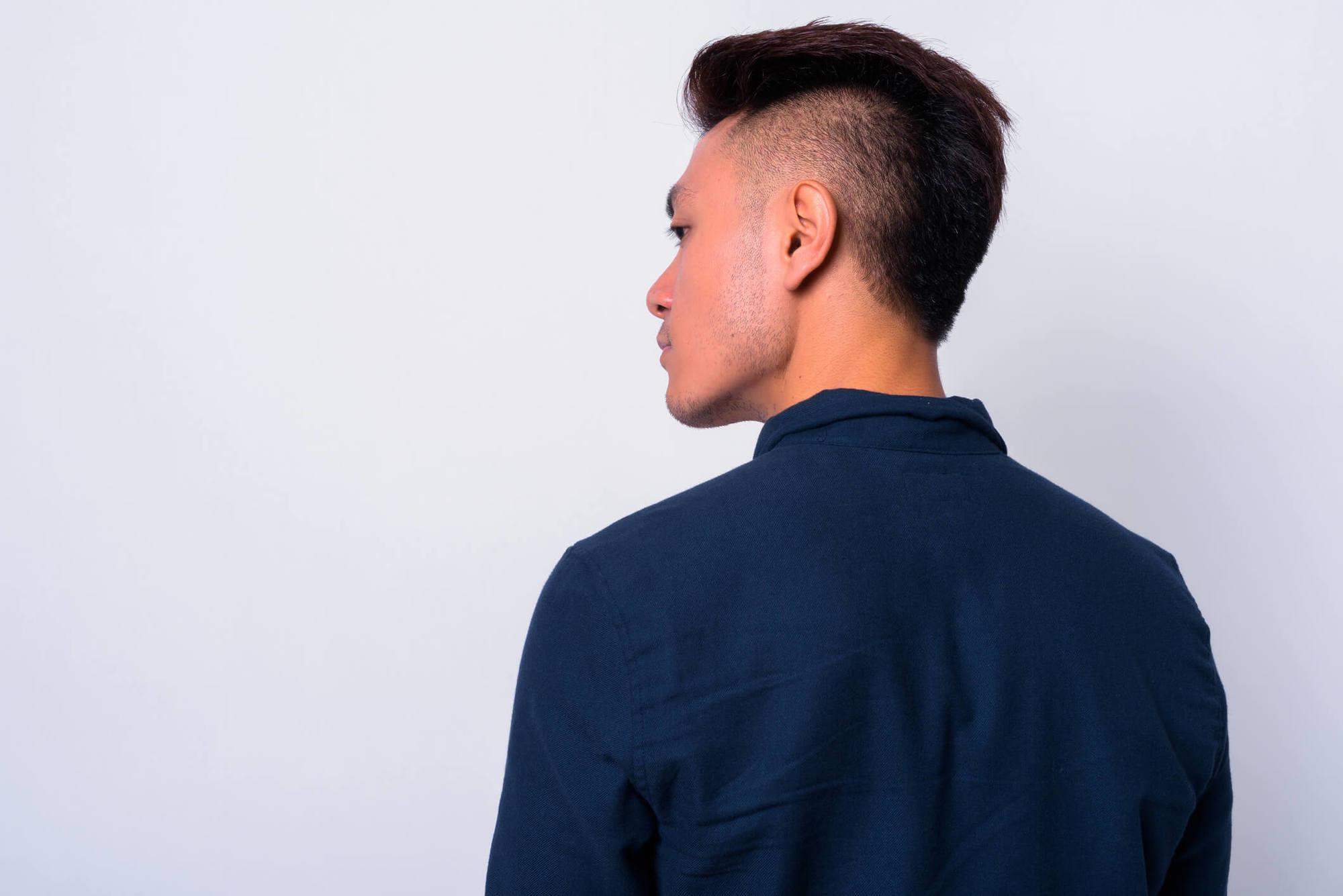 cortes de pelo para hombres con cara redonda mohicano