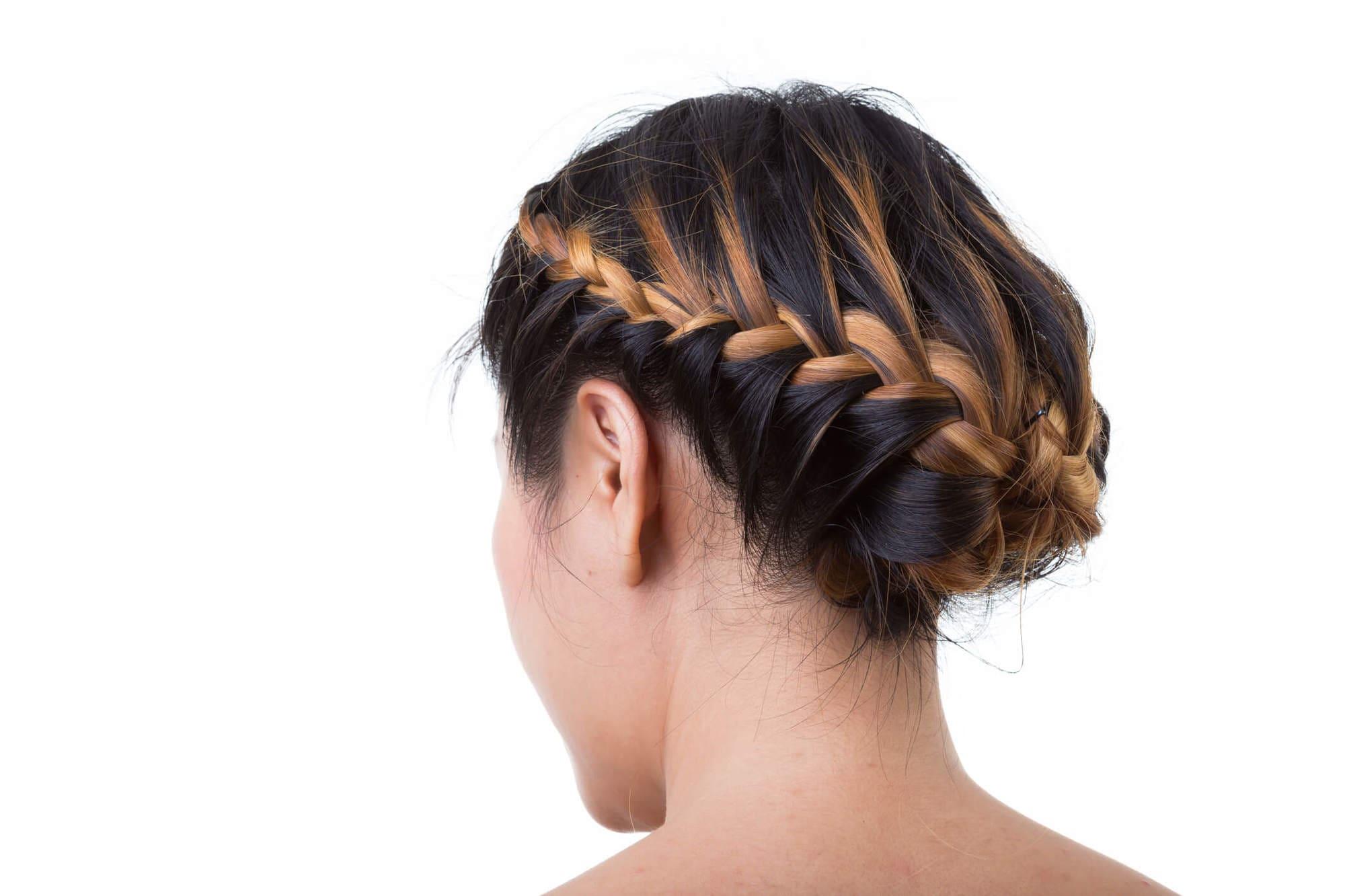 peinados elegantes recogidos corona tranzada baja