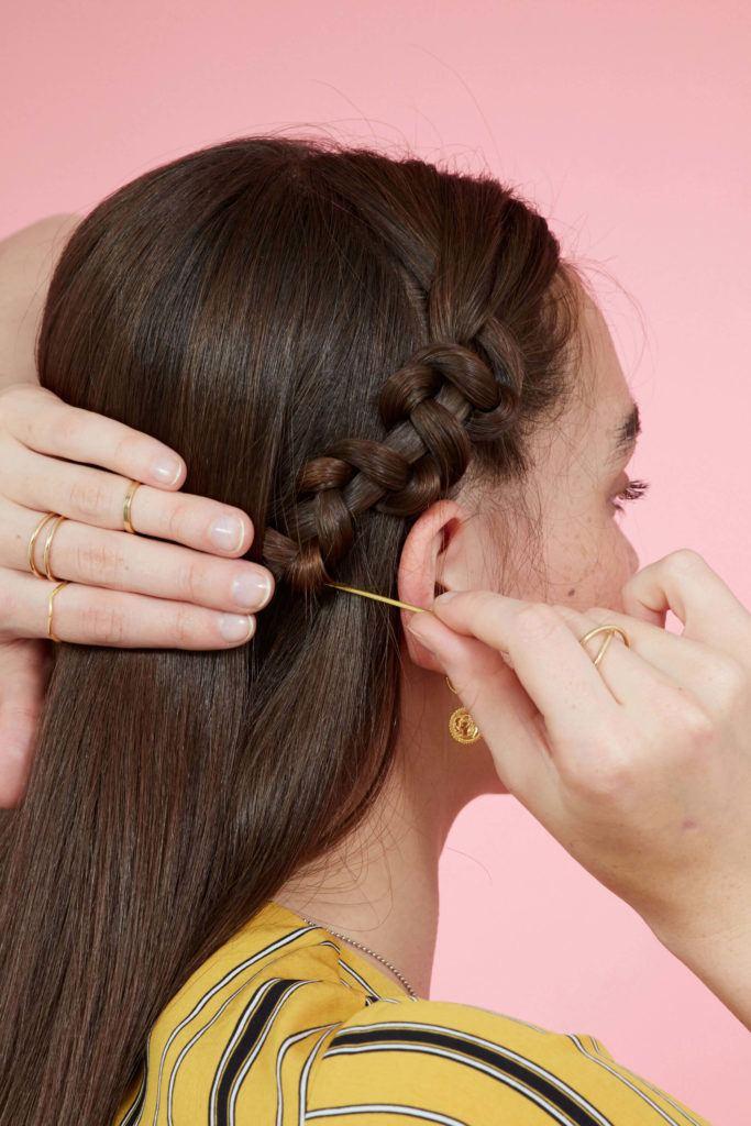 trenza serpiente cabello castaño