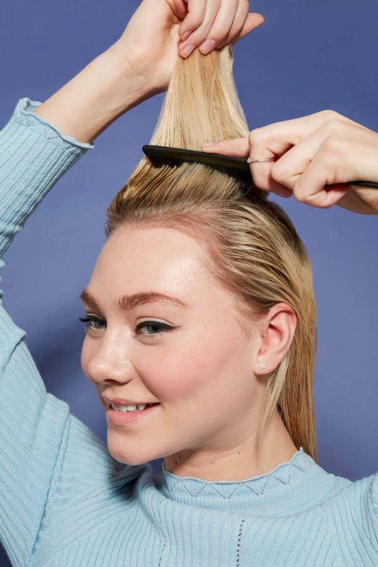 cómo usar la espuma en el cabello