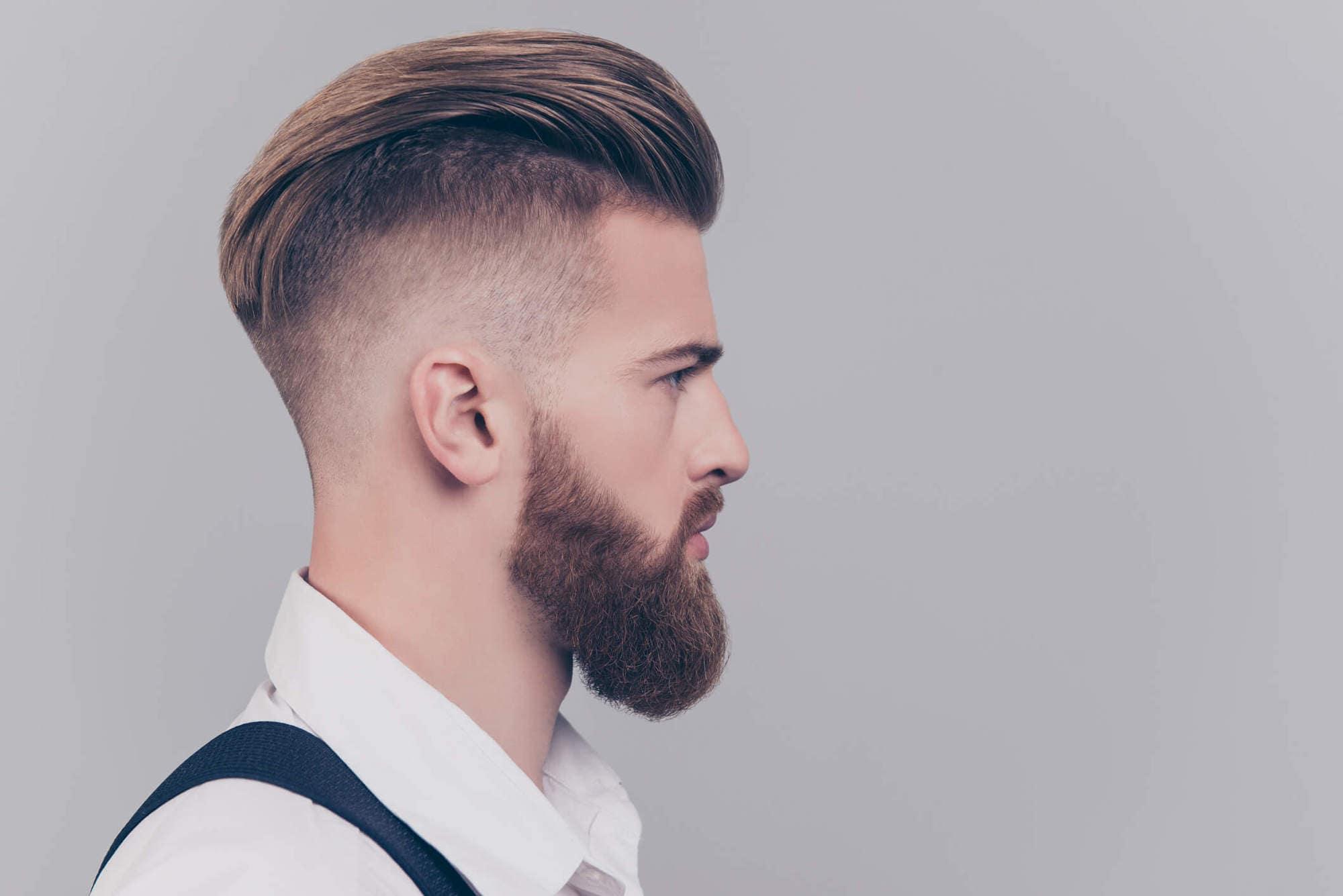 Corte hipster cabello chino