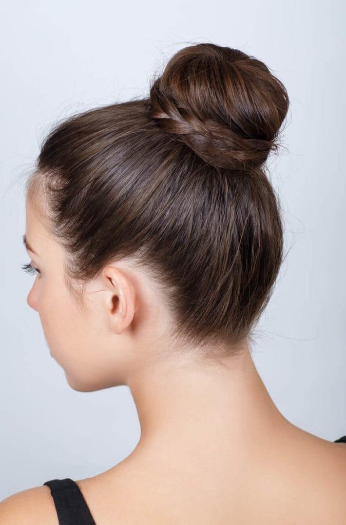peinados recogidos sencillos moño con trenza