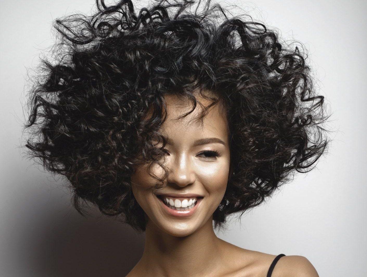 5 Cortes para cabello ondulado | Estilos de pelo cortos y largos
