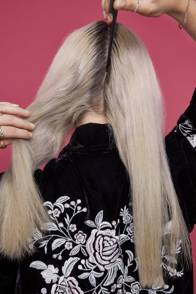 trenzas brillantes cabello largo rubio