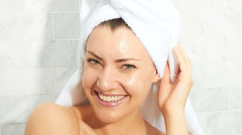 lavarse-el-pelo-7-e1560434439503-782x439.jpg