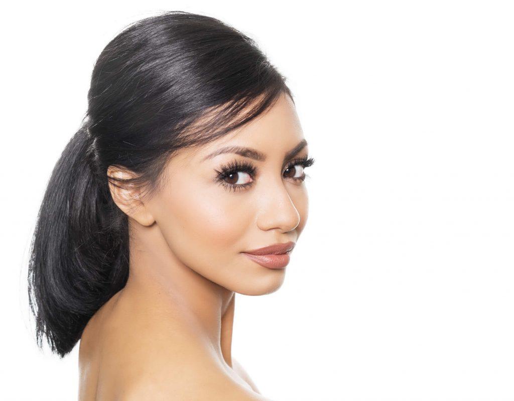cortes de pelo mediano para mujeres en punta