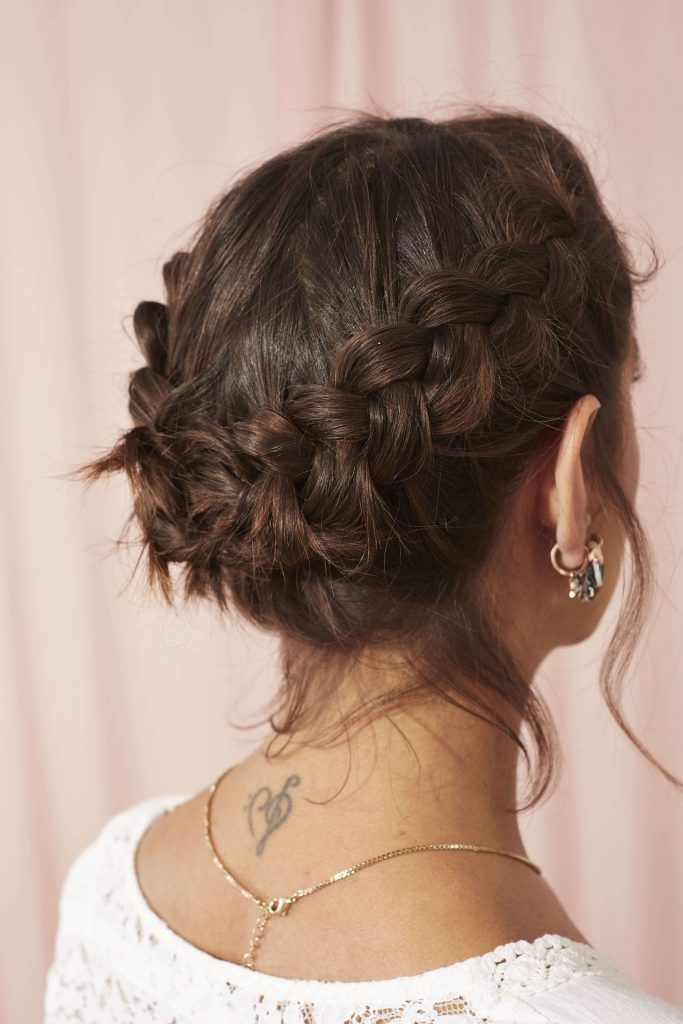 peinados ondulados cortos recogido trenzado