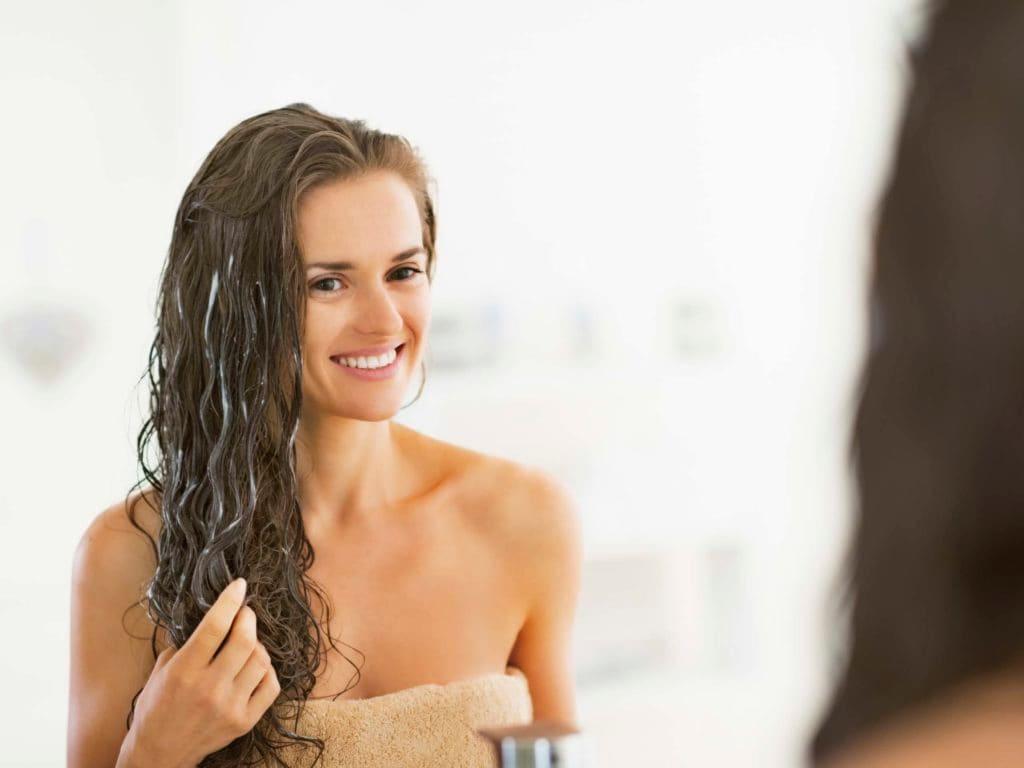 Кокосовое масло для роста волос: способ применения, отзывы. Как наносить кокосовое масло на волосы