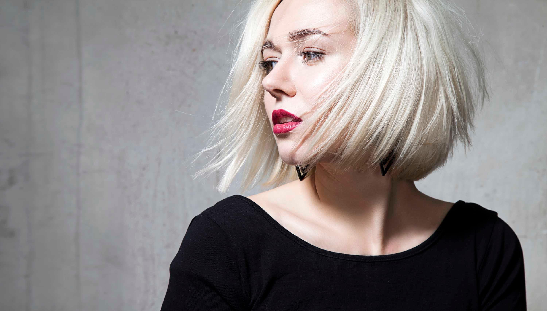платиновый блонд каре