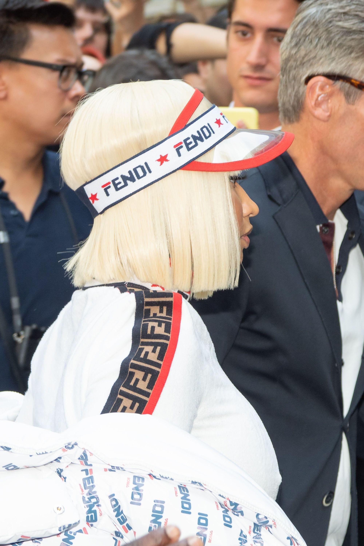 стрижка каре блонд