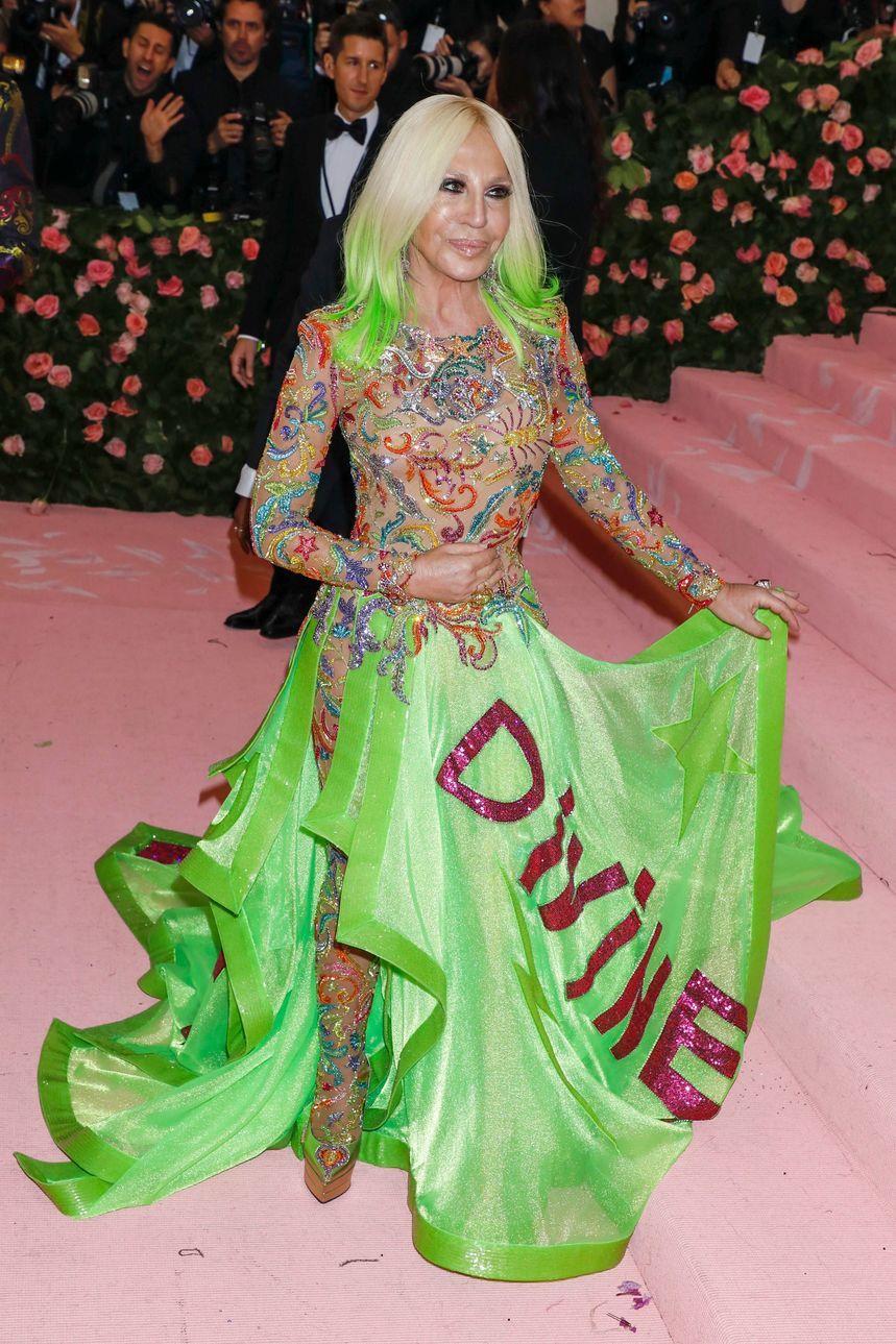 волосы до плеч блонд омбре зеленые волосы