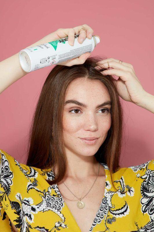 прямые длинные каштановые волосы сухой шампунь