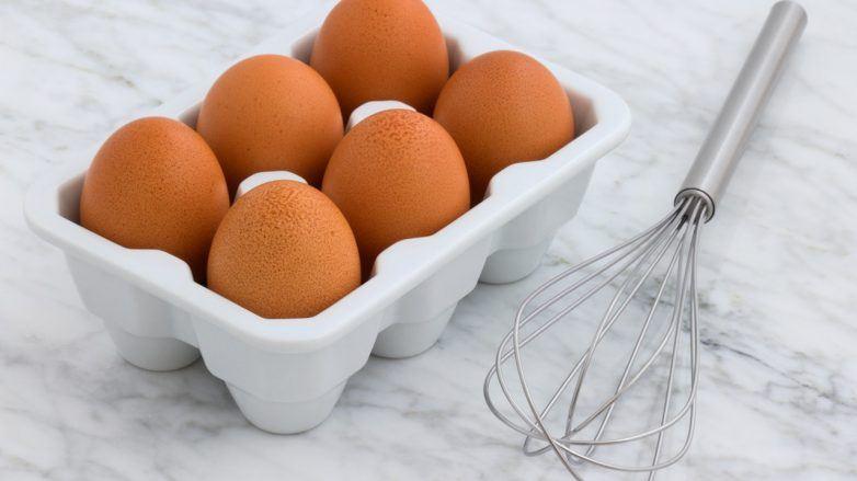 brown-brown-eggs-carrara-marble-2959303-782x439.jpg