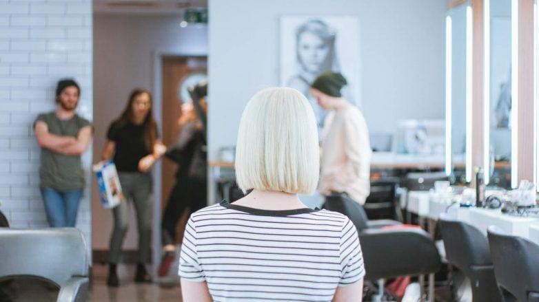 платиновый блонд каре благоприятные дни для стрижки волос