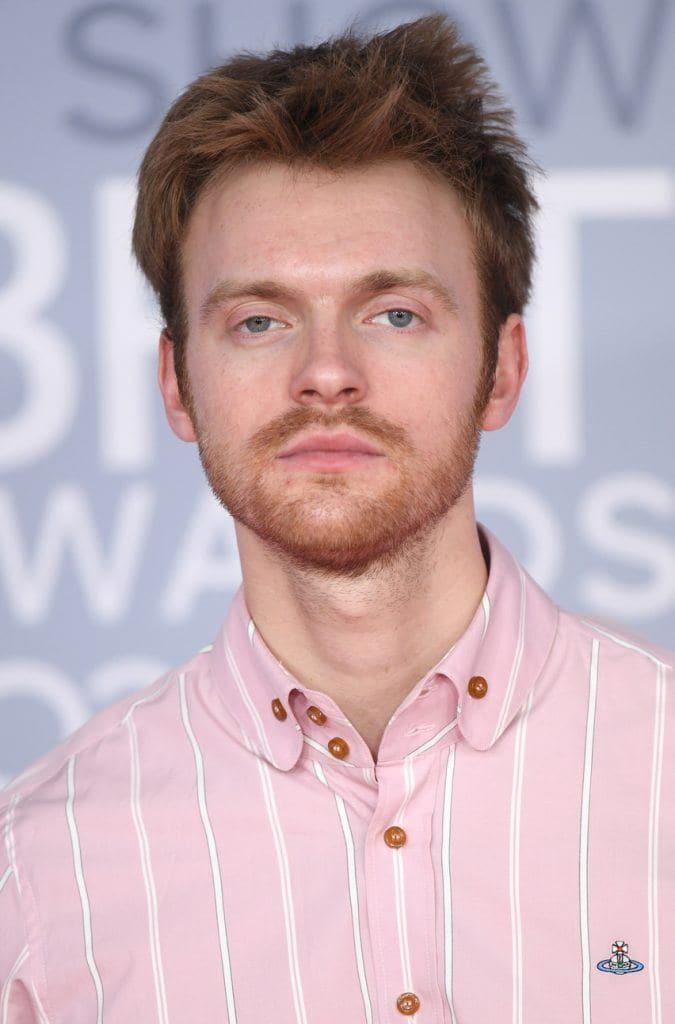 короткие мужские стрижки русые волосы борода