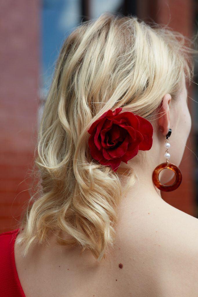 как выбрать краску для волос блонд волосы до плеч цветок волнистые