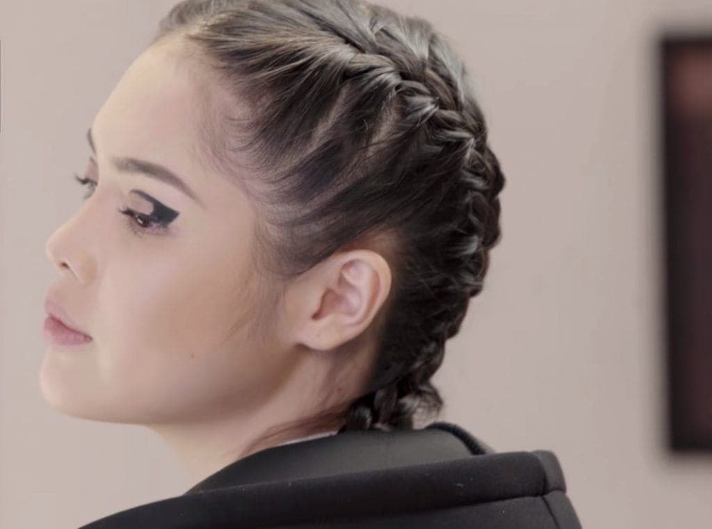 Filipina influencer with boxer braid hairstyle