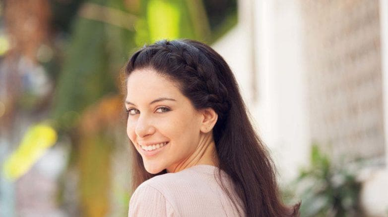hairstyles for long straight hair, girl with headband braid