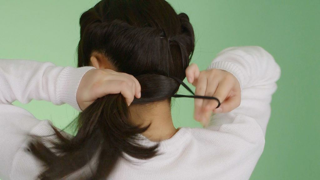 holiday-twisted-ponytail-ashley-yap-5