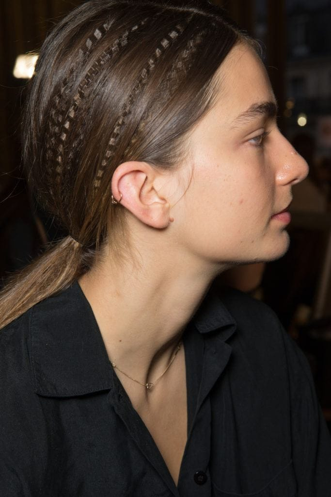 90s hair trends in 2018 - crimped hair