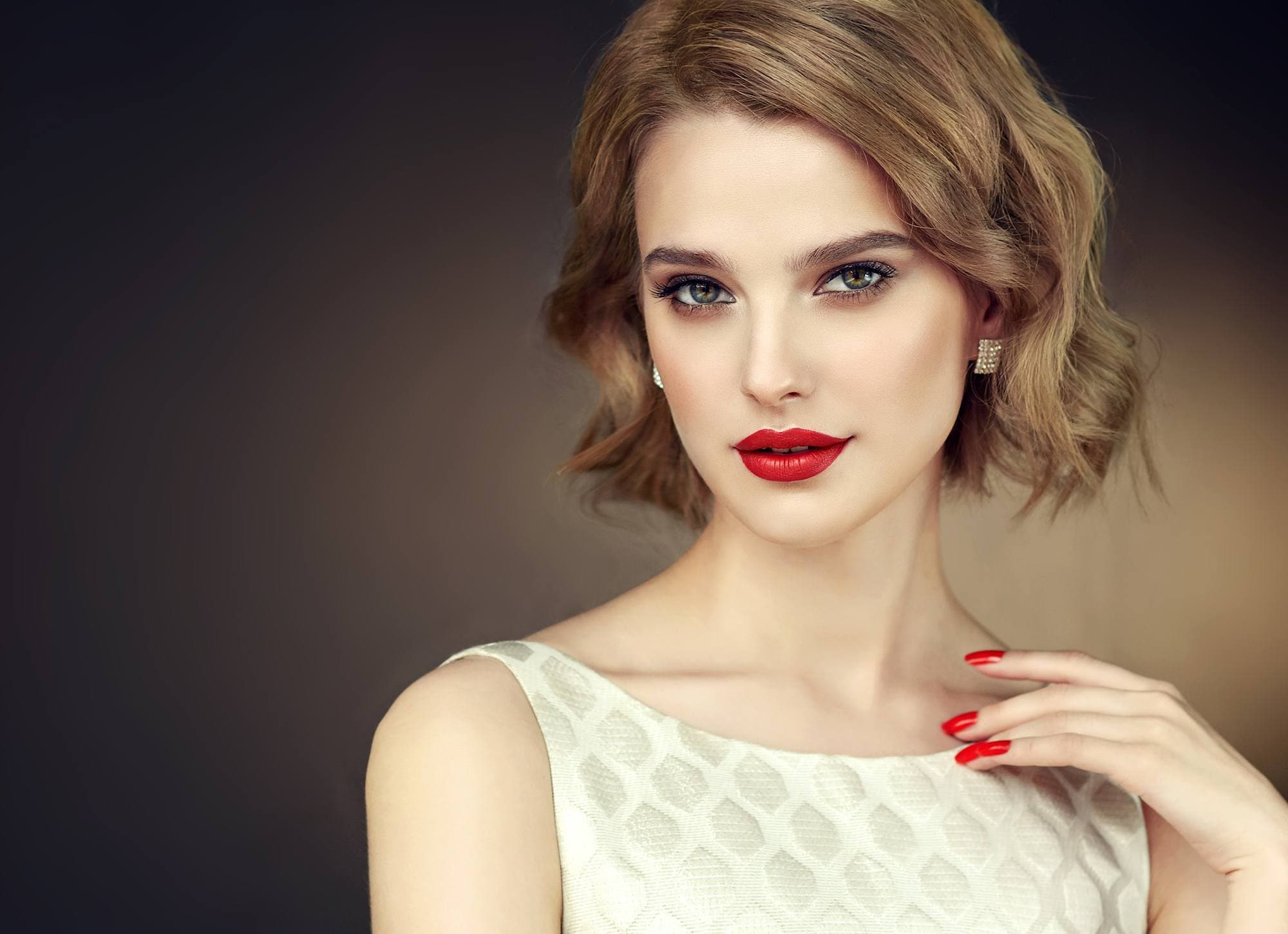 5 Pretty Prom Hairstyles for Short Hair