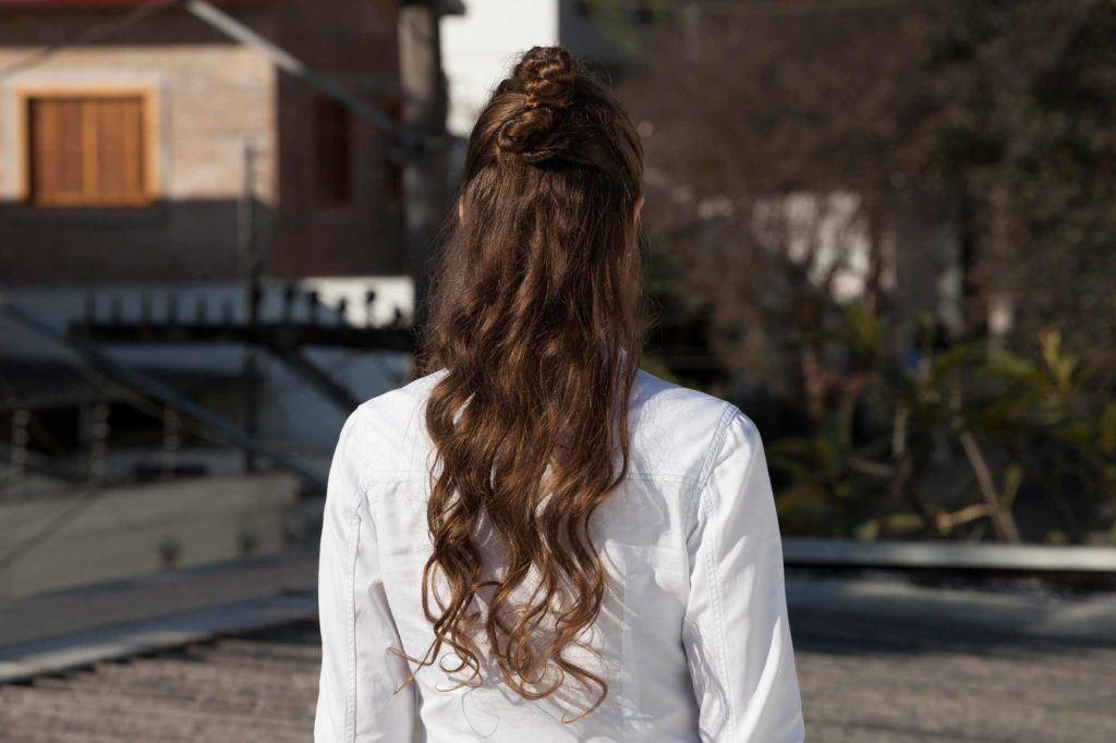 half-up half-down curl