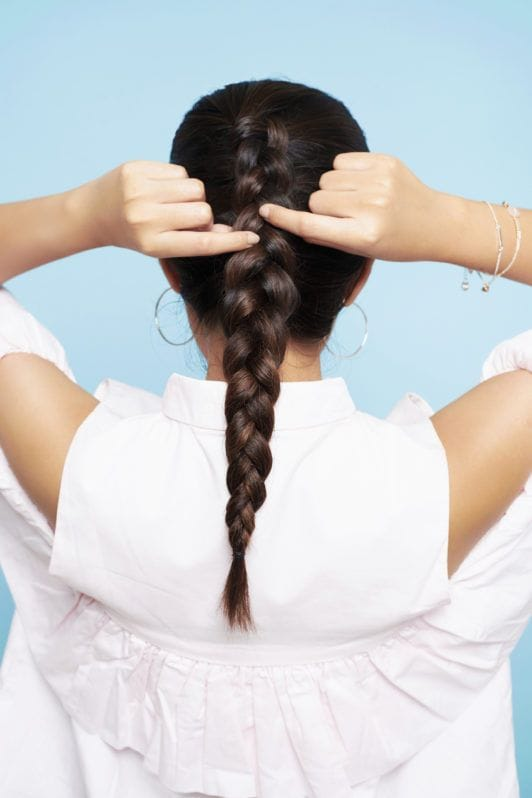how to dutch braid step 4