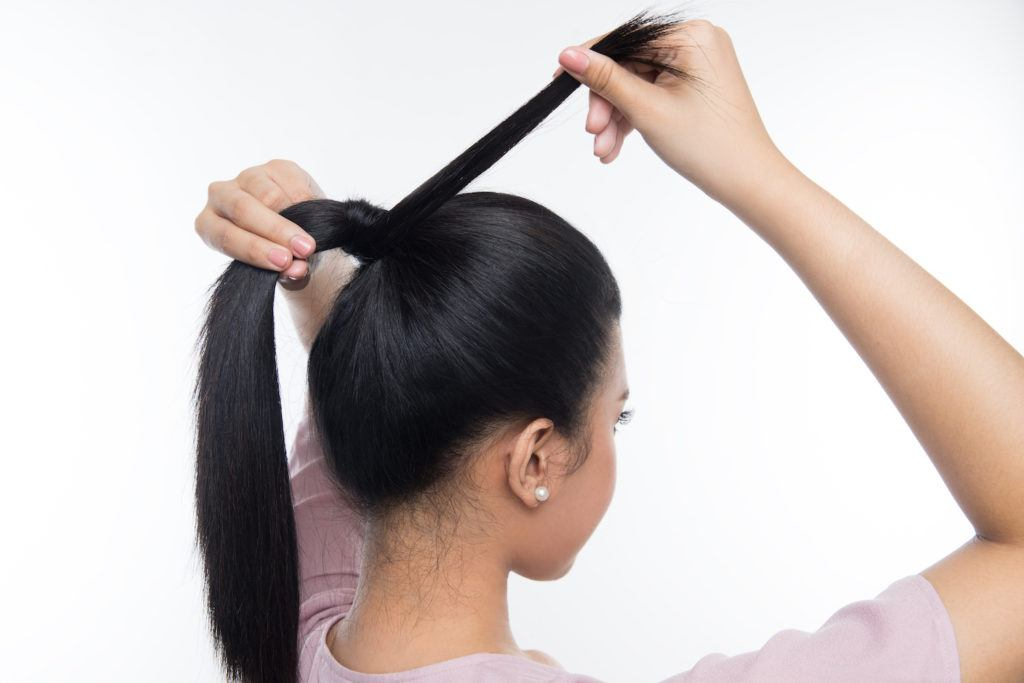 Ponytail tricks - hide the hair elastic