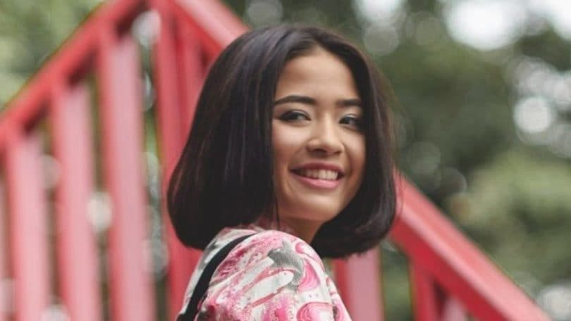 Girl with bob: How to style a bob