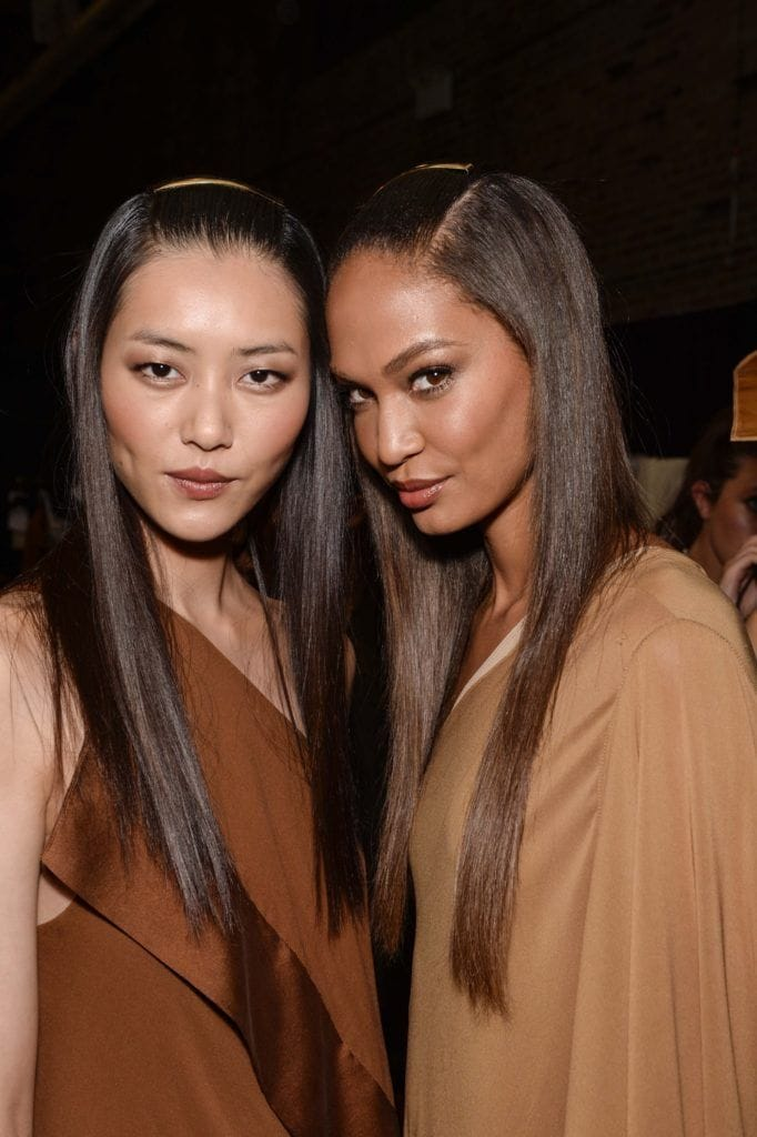 Sleek and straight Japanese hairstyles