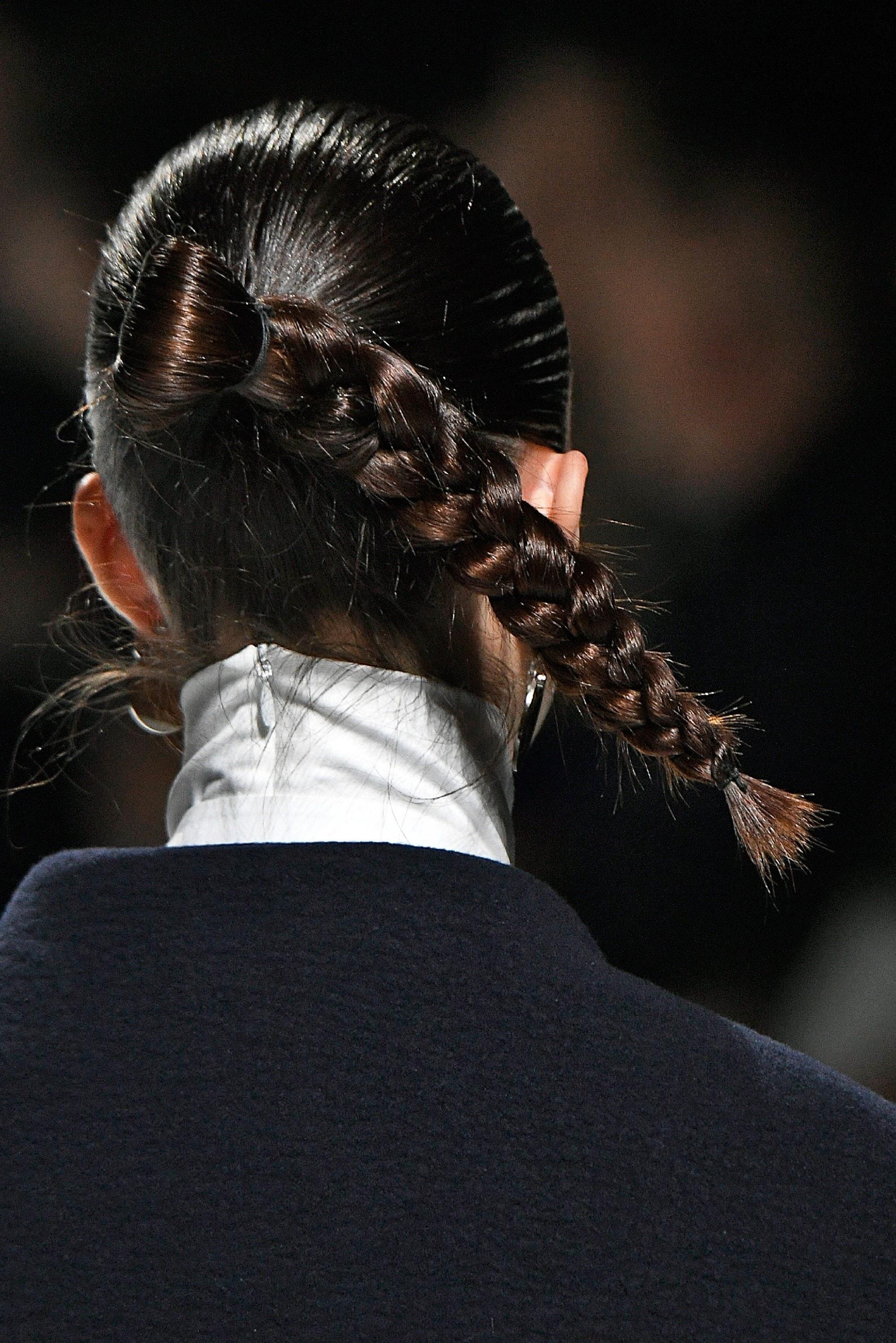 Queen Elsa hair ideas - Gravity-defying braid Indigital