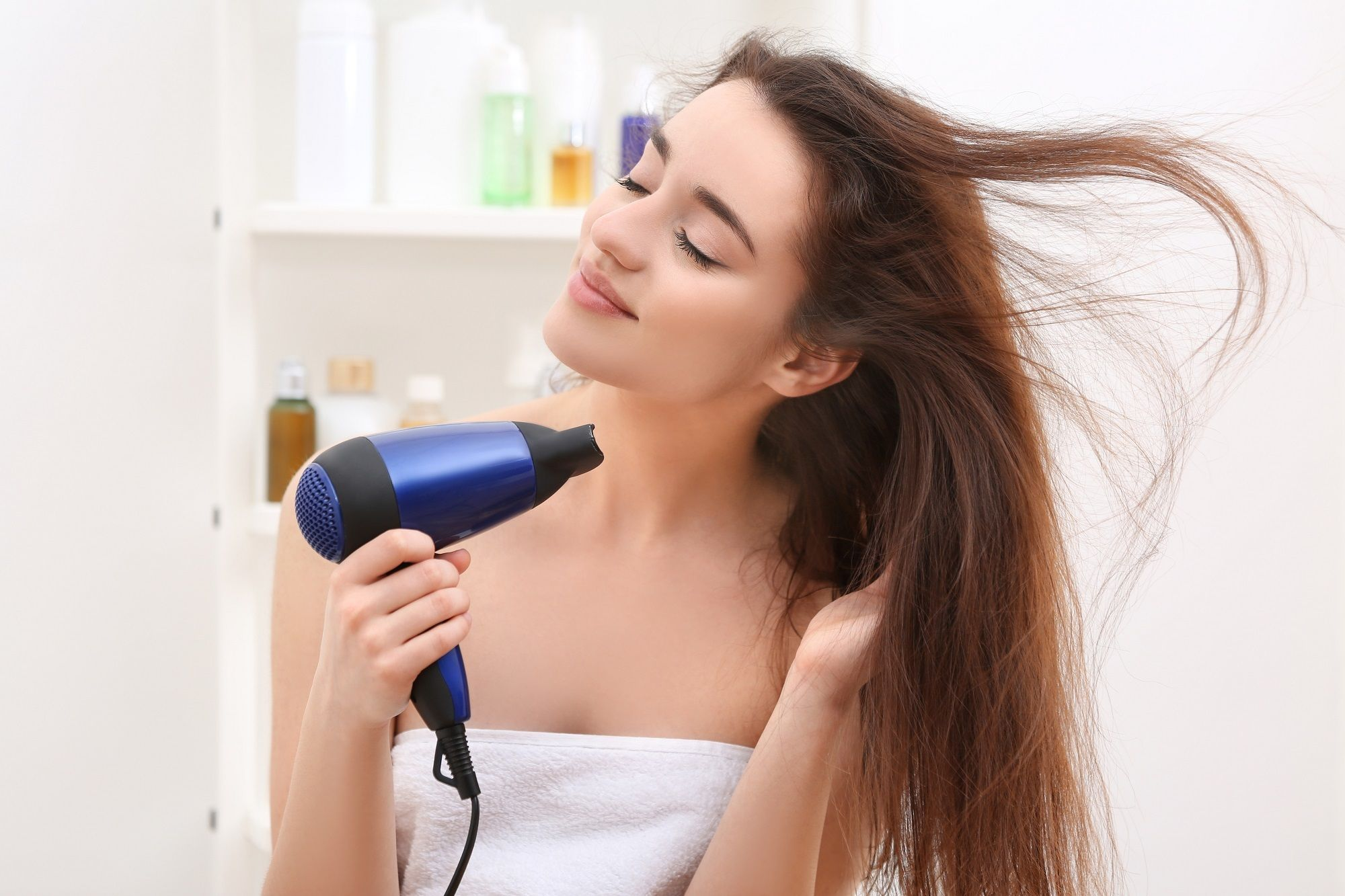 Hair care tips for thin hair: Minimize styling