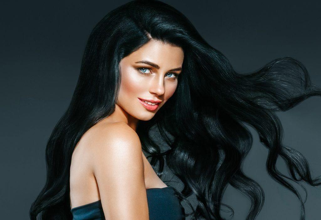 Highlight ideas for black hair: Try green highlights