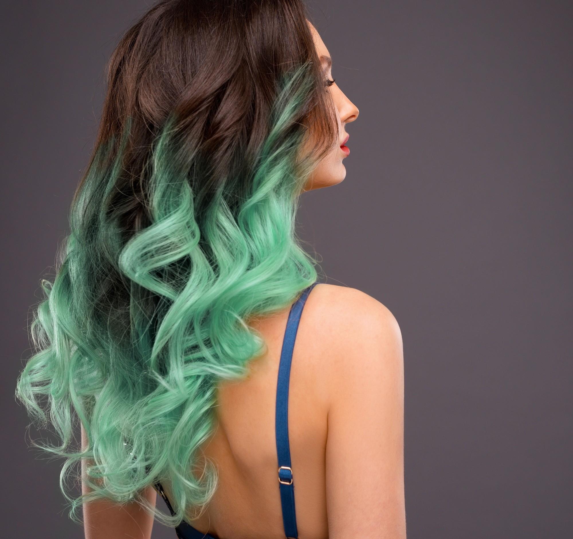 Mermaid hair ideas 3: Dip-dyed hair