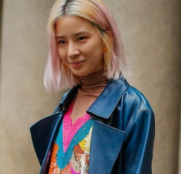 Hair color for short hair: Asian woman with blonde and pink long bob