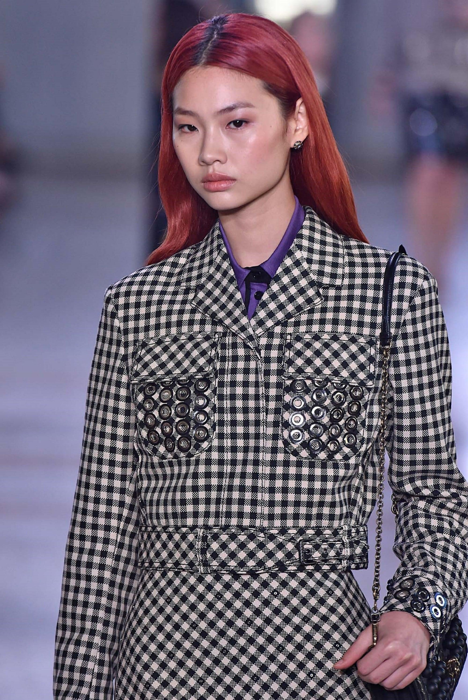 Hair colors for long hair: Asian woman with long magenta hair