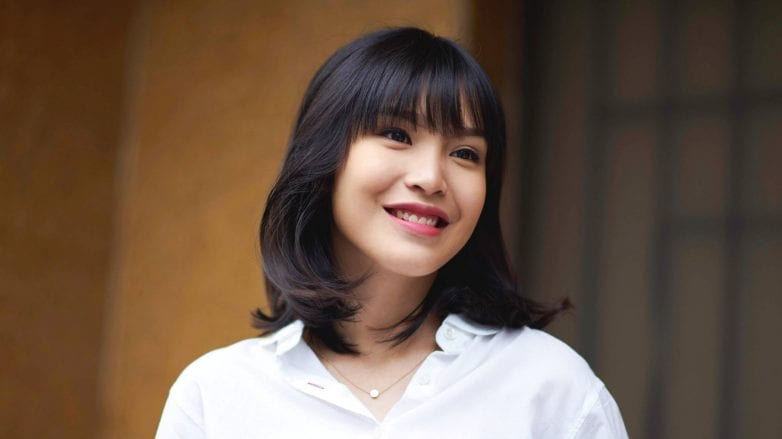 Blunt Bangs Styling Tips And Looks To Try