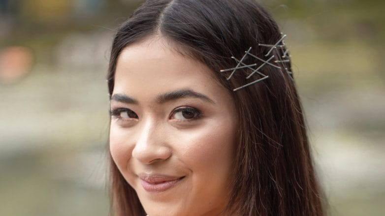 bobby-pin-hair-crown-feature-image-782x439.jpg