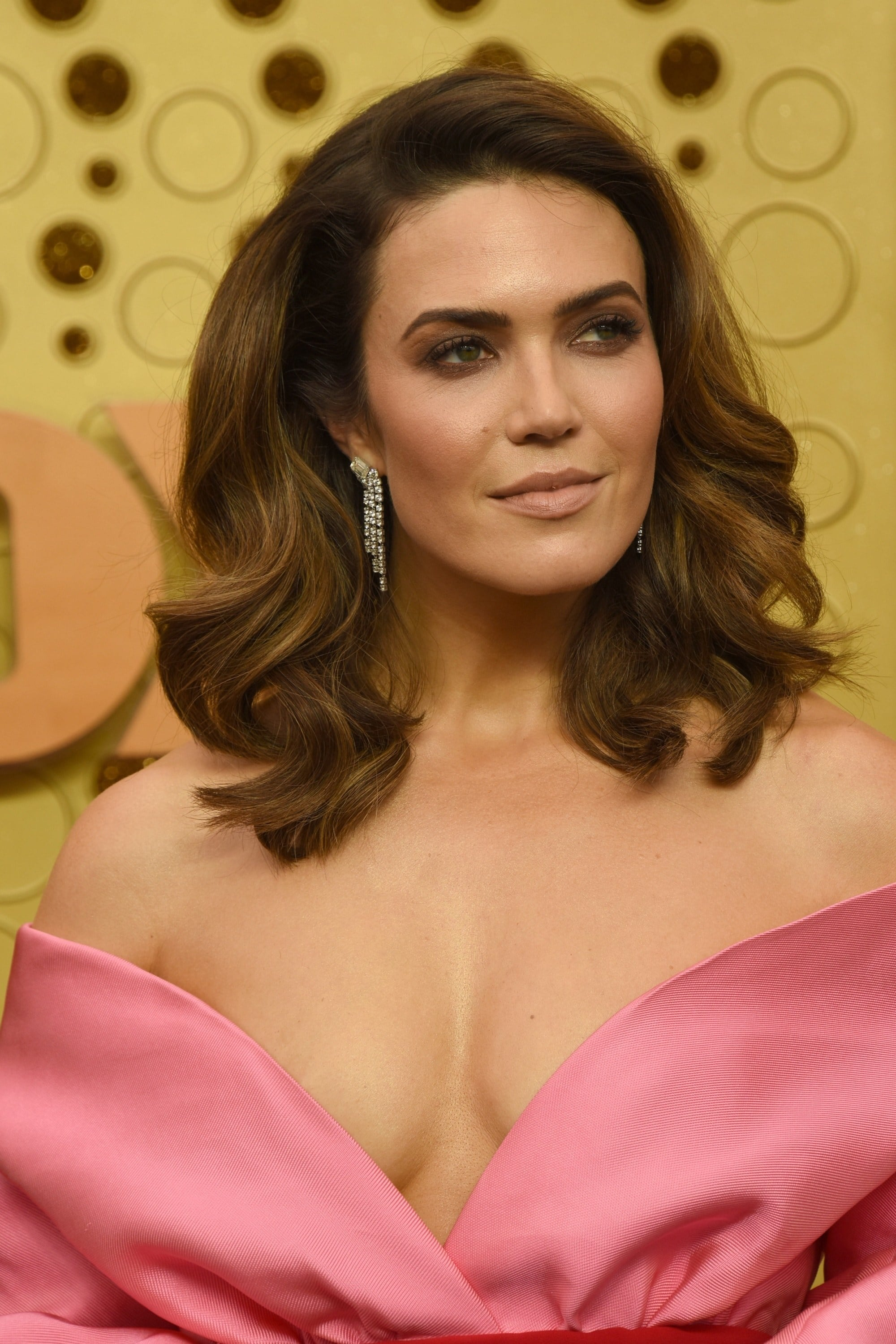 Emmy Awards 2019 Best Hairstyles: Mandy Moore with her caramel waves