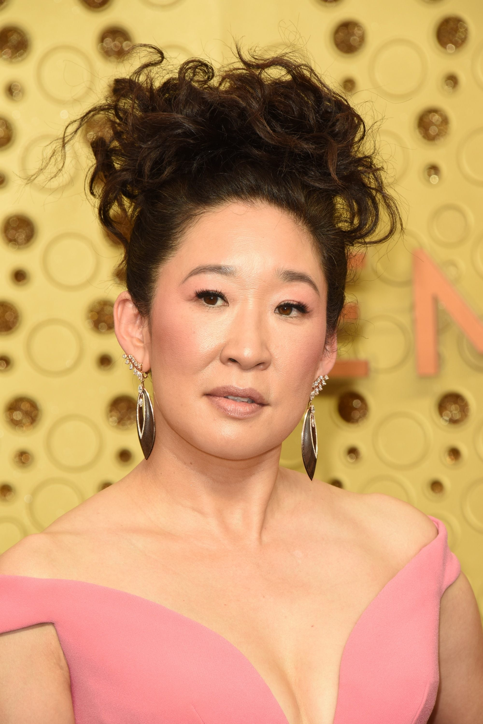 Emmy Awards 2019 Best Hairstyles: Sandra Oh with her curly updo
