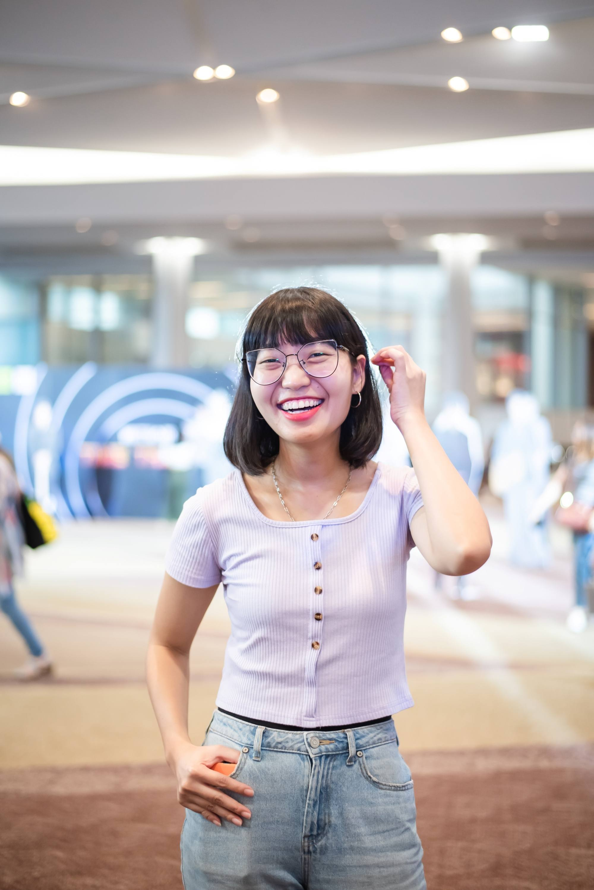 Bangs With Glasses 12 Hairstyles To Rock This Look All Things Hair Ph