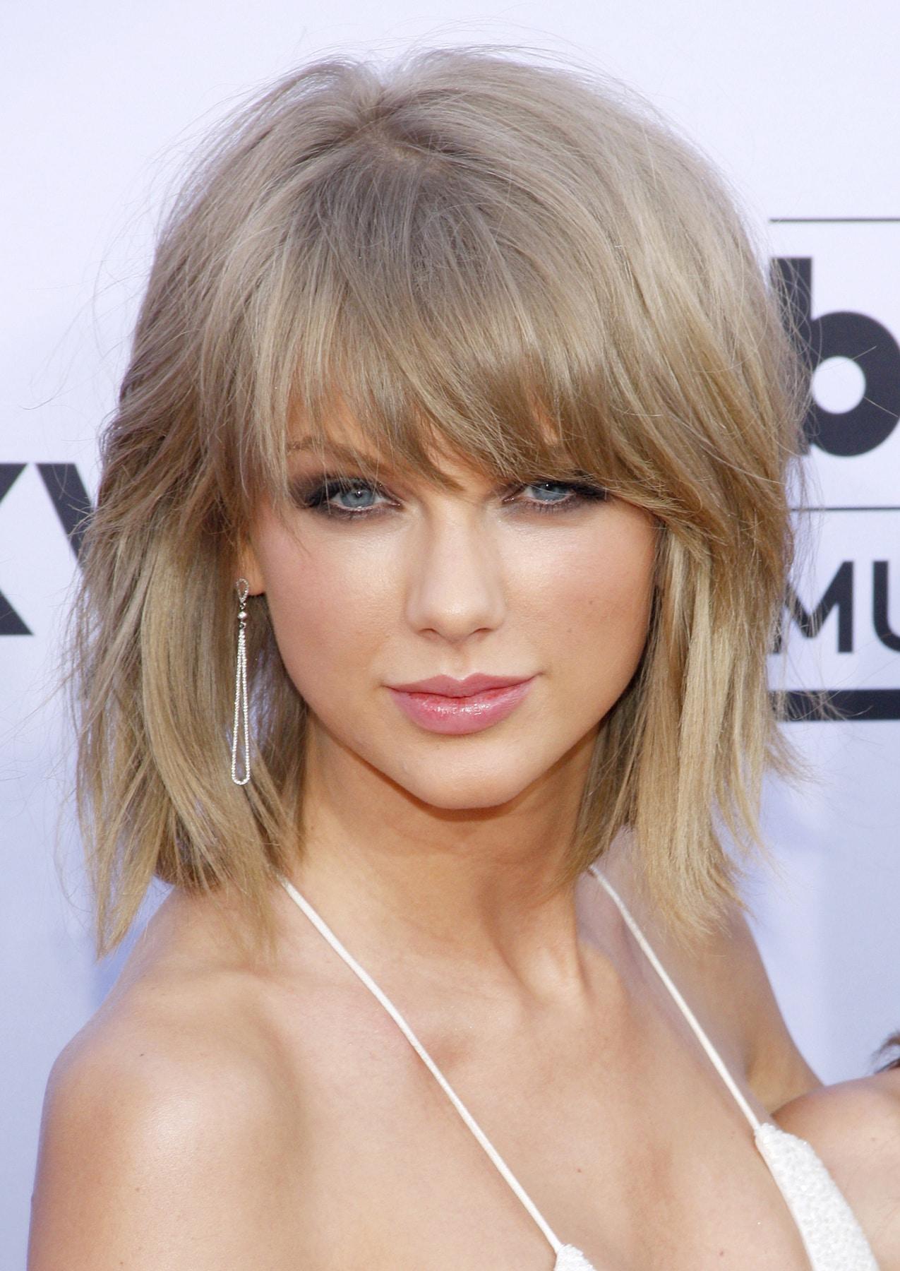 สีผมบลอนด์เข้ม เทย์เลอร์ สวิฟต์ (Taylor Swift)