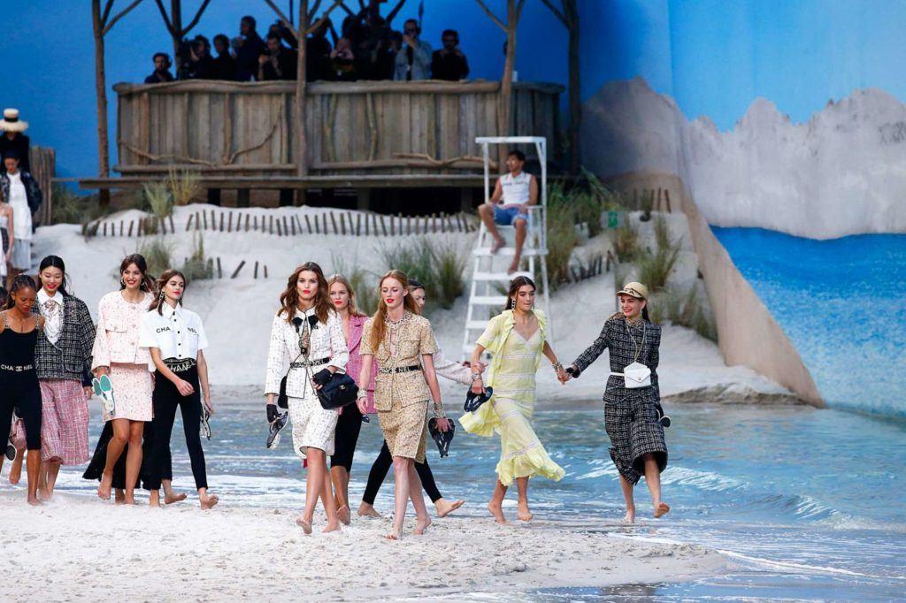 กลุ่มนางแบบ ในโชว์ Chanel Paris Spring 2019