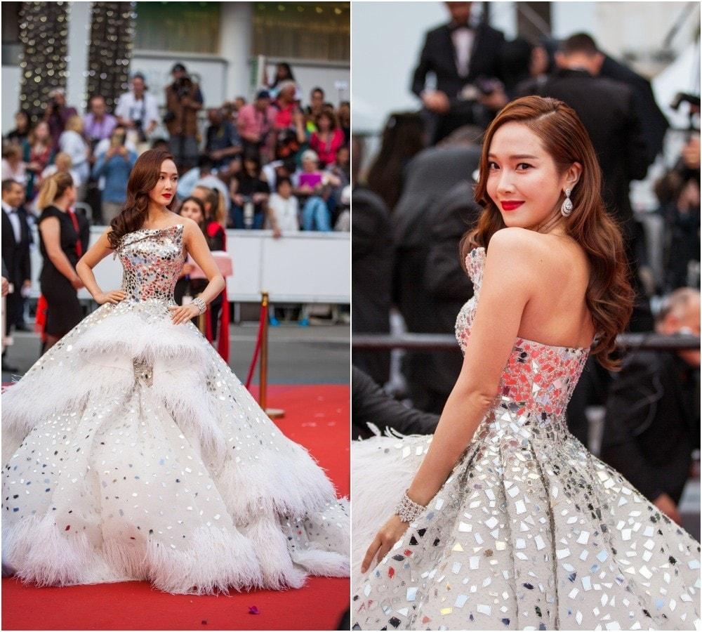 เจสสิก้า จอง (Jessica Jung) สวมชุดราตรีเกาะอกสีขาว ปล่อยมยาว เดินพรมแดงเทศกาลหนังเมืองคานส์ 2019