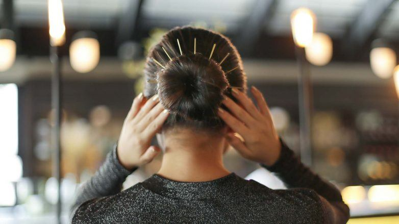 How-to-Style-Bun-with-long-Bobby-Pins-844A2985-2-782x439.jpg